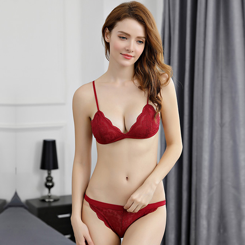 Sexy girls nude in red bra