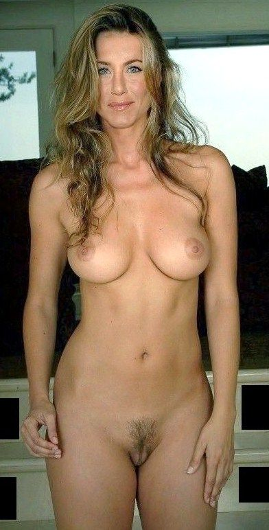 Naked pictures of hot famouse girls